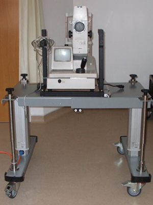 an expandable table for diabetic eye screening